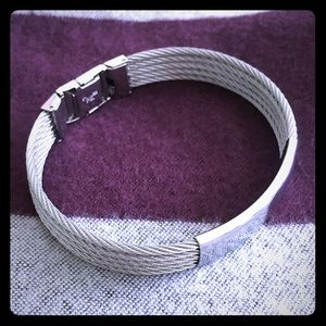 Jewelry - Silver Bracelet with Rope Bands and Clasp.